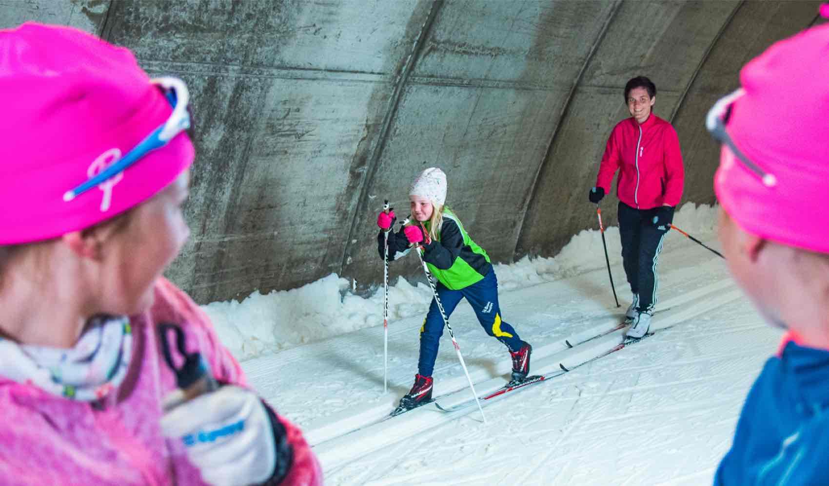 Torsby Skidtunnel har stabile forhold for ski-trening hele året.