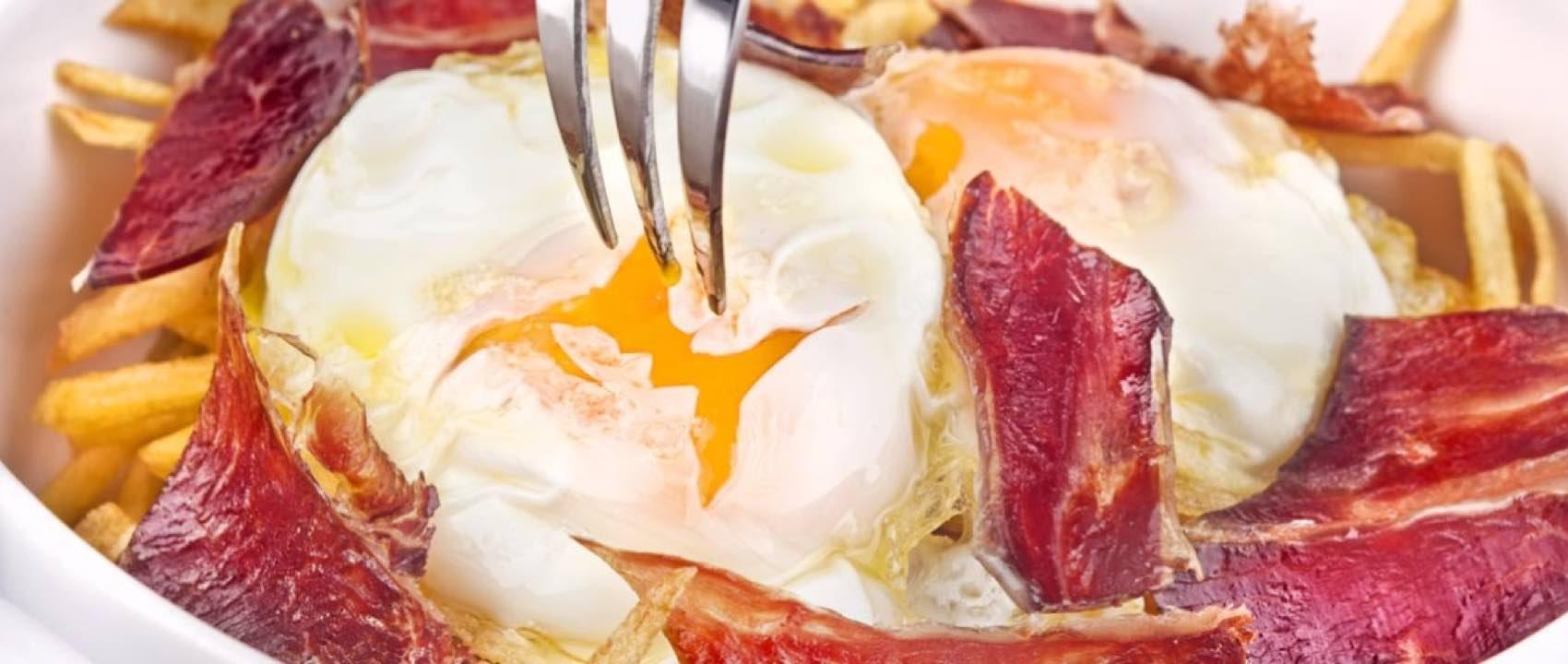 Huevos rotos er en spansk spesialitet