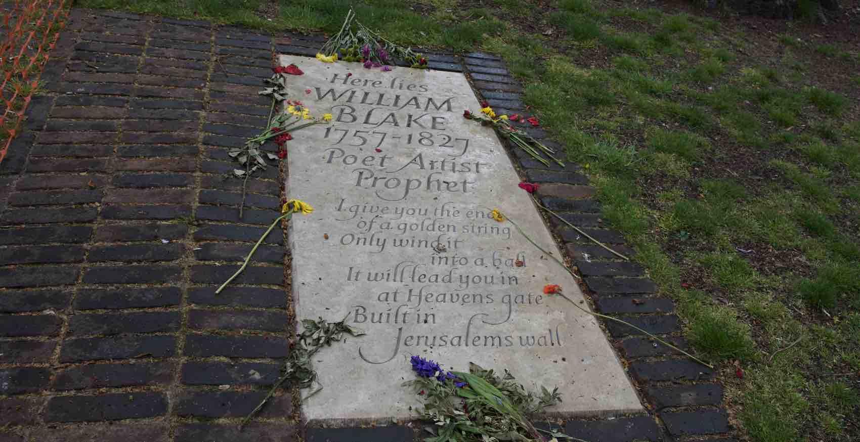 En minnestein for Wiliam Blake - mens hans eksakte gravplass er et stykke unna