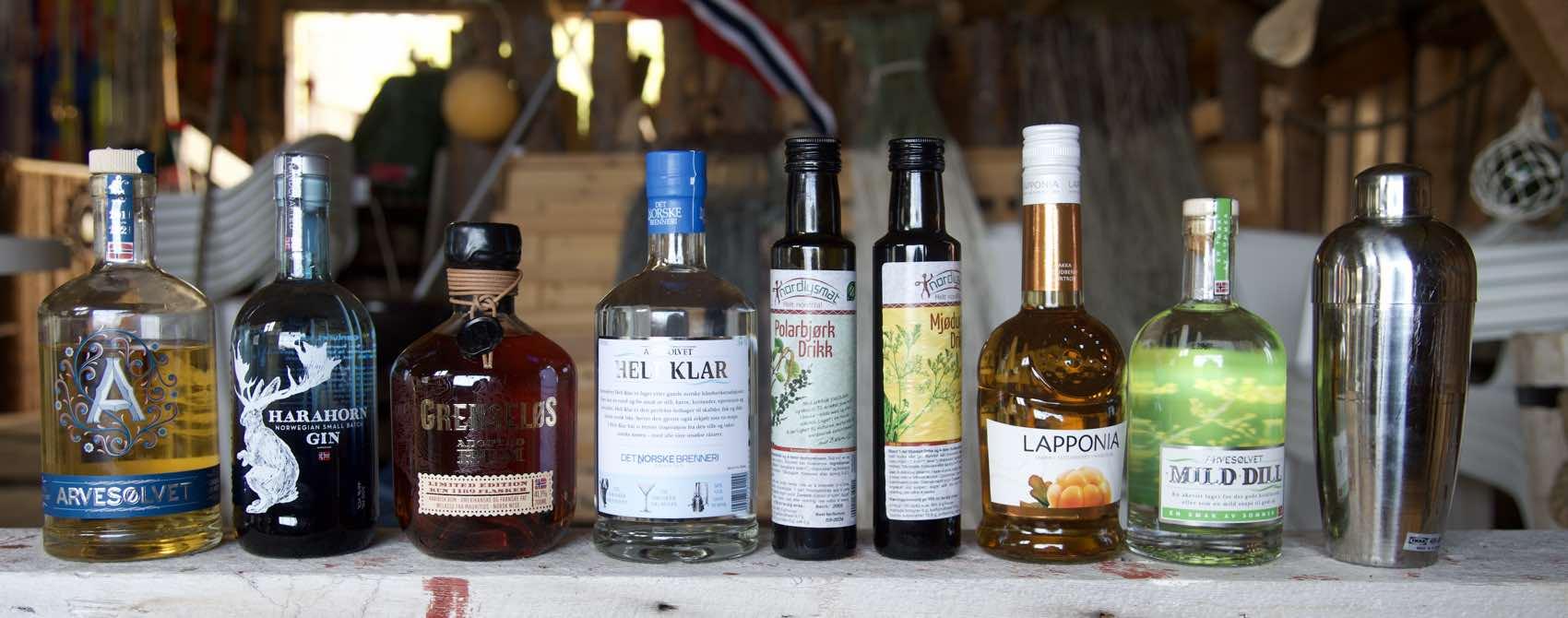 Norsk akevitt, Harahorn gin og til og med en norsk Grenseløs rom av ypperste kvalitet. Reis aldri på ferie uten en cocktail-mikser.